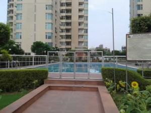 Apartment on rent in Raheja Atlantis
