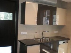 Freeholdindia.net 99996 70006,i am looking to rent out flat in delhi