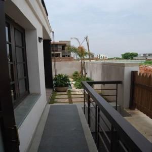 Mr Brij Freehold India Realtor Property Consultant Dealer Agent in Gurgaon for NRI EXPAT CONSULTANT