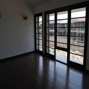Mr Brij Freehold India Realtor Property Consultant Dealer Agent in Gurgaon for NRI EXPAT REALTORS