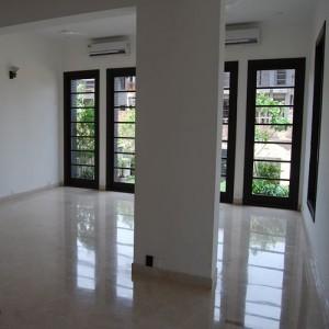 Mr Brij Freehold India Realtor Property Consultant Dealer Agent in Gurgaon for NRI EXPAT in Delhi Gurgaon