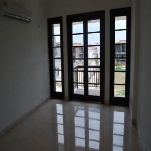 Mr Brij Freehold India Realtor Property Consultant Dealer Agent in Gurgaon for NRI EXPAT in Gurgaon