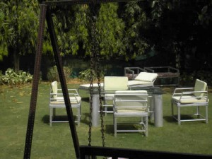 farmhouse farm house home apartment bungalow villa available on rent to lease out in delhi gurgaon