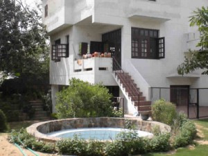 prime location lush green farm house available on rent for nri expats in delhi gurgaon