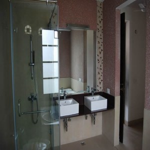 want to lease out rent out my house flat in gurgaon to nri expat in delhi